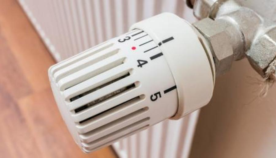 riscaldamento acceso nelle scuole durante il week end
