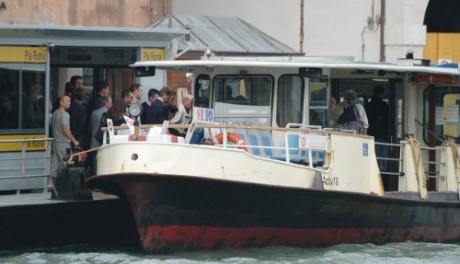 Venezia, in vaporetto: trasporto acqueo di Actv (foto: Giorgio Boato)