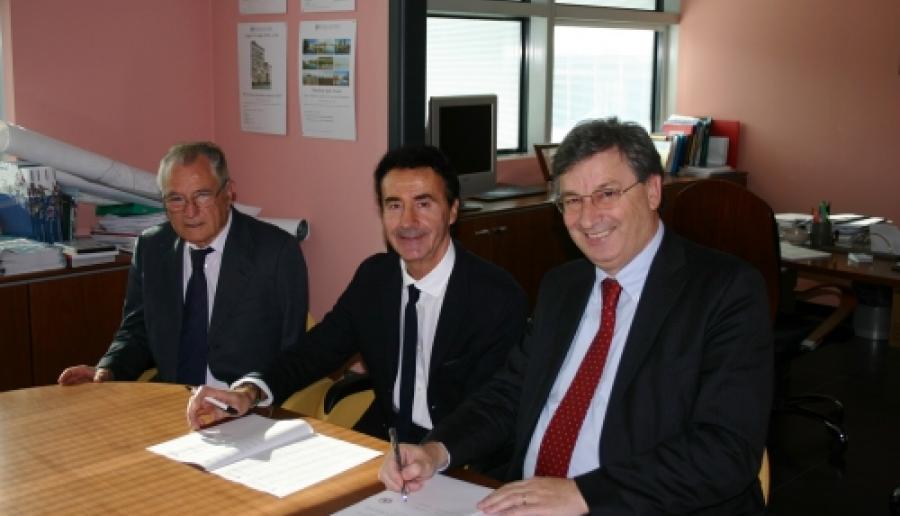 Mario Dalla Tor, con il sindaco Camillo Paludetto e l'assessore comunale Venerino Tamai (foto: Mario Fletzer)