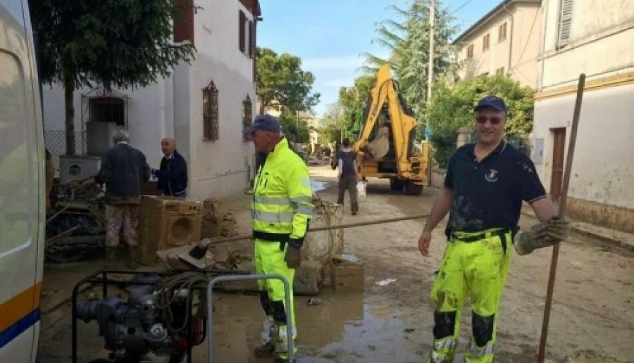 la protezione civile veneziana in soccorso nelle Marche